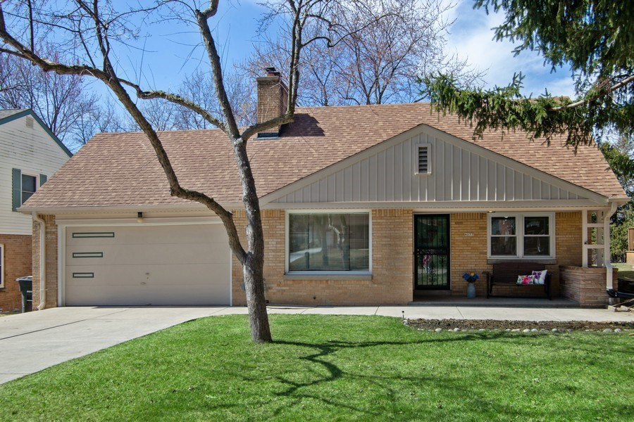 Real Estate Photography - 4077 N 111th St, Wauwatosa, WI, 53222 - Front View
