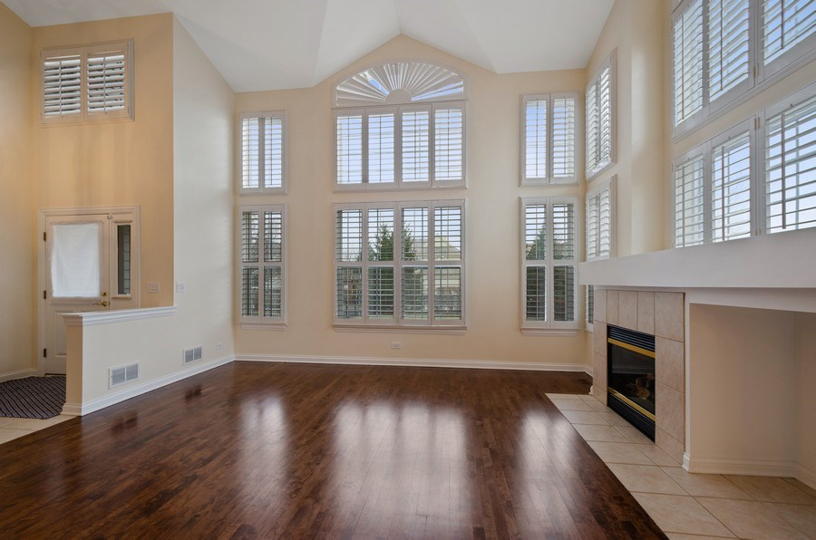 Real Estate Photography - 2315 Chestnut, Glenview, IL, 60026 - Family Room