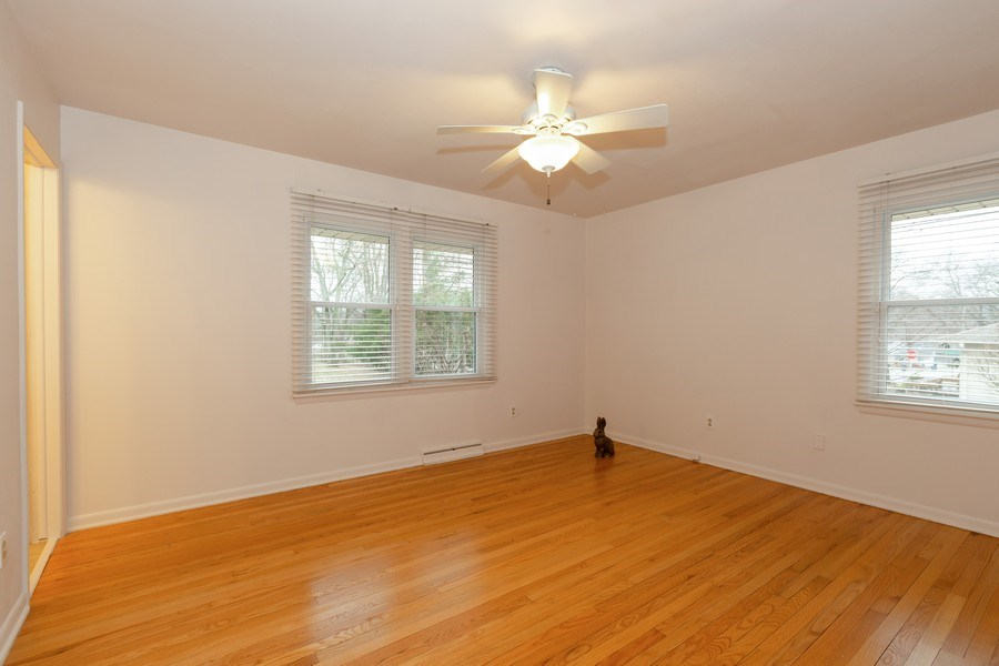 Real Estate Photography - 432 Lincoln St, Algonquin, IL, 60102 - 2nd Bedroom
