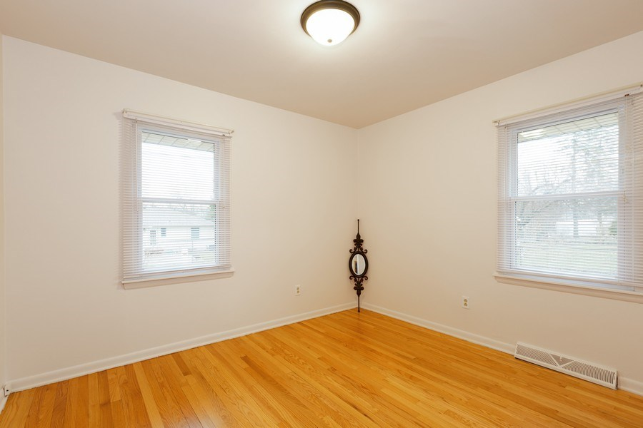 Real Estate Photography - 432 Lincoln St, Algonquin, IL, 60102 - Bedroom