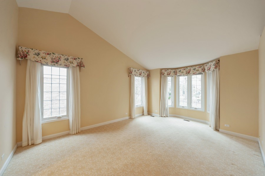 Real Estate Photography - 1812 Dunhill Cir, Glenview, IL, 60025 - Master Bedroom