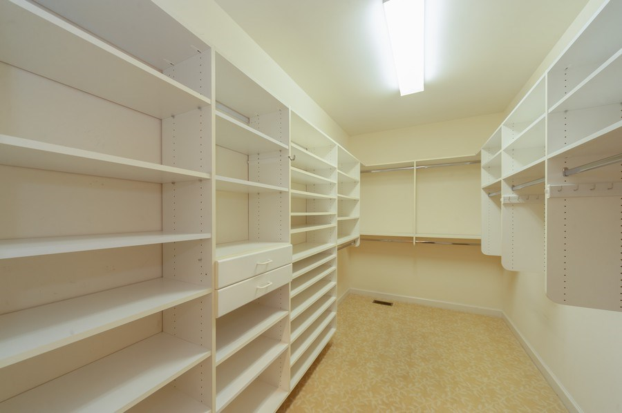 Real Estate Photography - 1812 Dunhill Cir, Glenview, IL, 60025 - Master Bedroom Closet