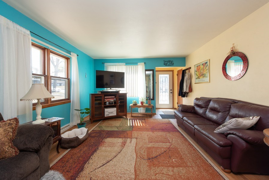 Real Estate Photography - 820 Minerva Street, Horicon, WI, 53032 - Living Room