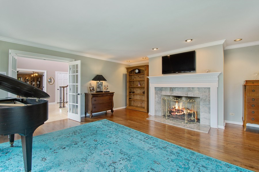 Real Estate Photography - 1 Bow Lane, Barrington Hills, IL, 60010 - Living Room