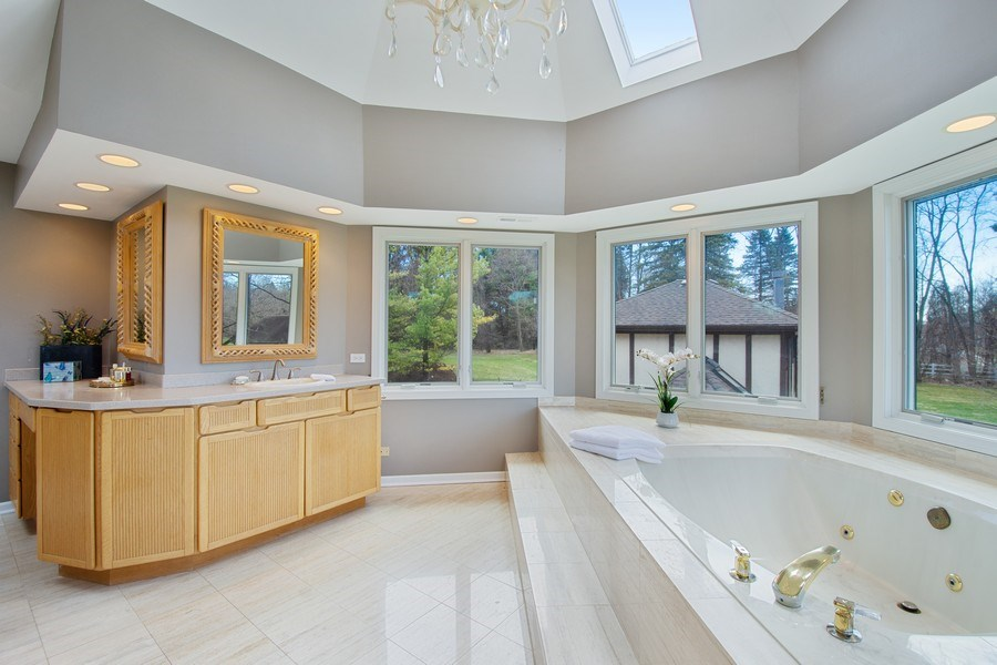 Real Estate Photography - 1 Bow Lane, Barrington Hills, IL, 60010 - Master Bathroom