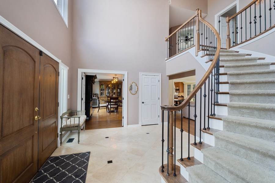 Real Estate Photography - 1 Bow Lane, Barrington Hills, IL, 60010 - Foyer