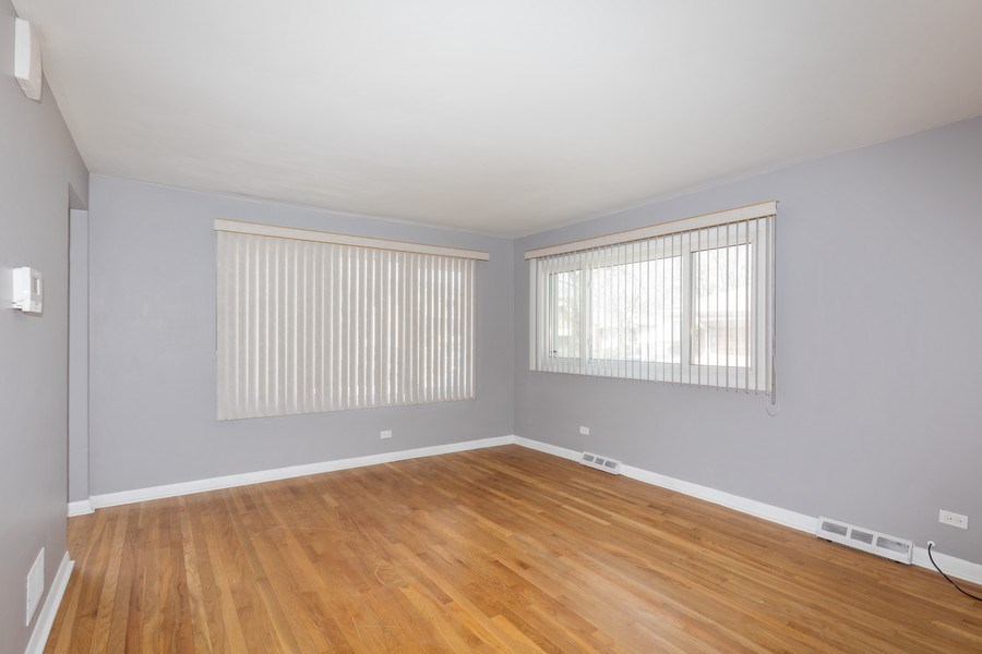 Real Estate Photography - 9645 S Wallace St, Chicago, IL, 60628 - Living Room