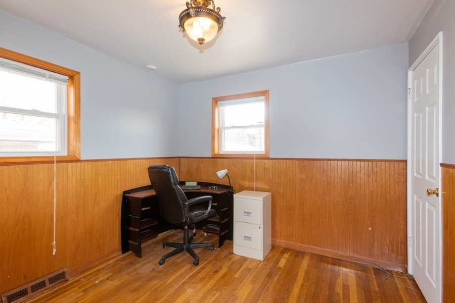 Real Estate Photography - 9645 S Wallace St, Chicago, IL, 60628 - 4th Bedroom