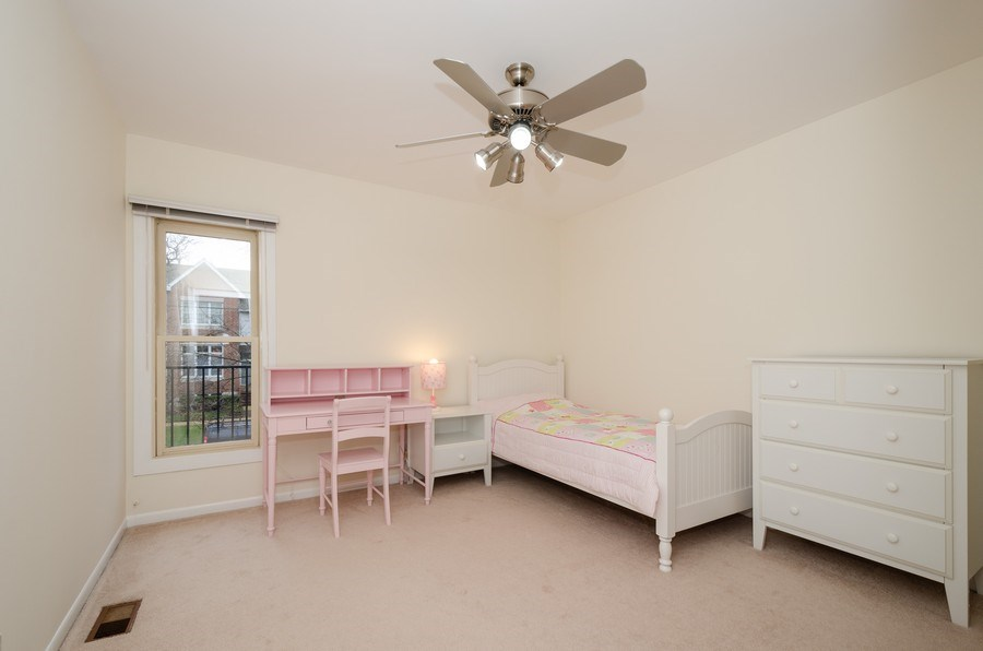 Real Estate Photography - 1100 Pine St. Unit D, Glenview, IL, 60025 - 2nd Bedroom