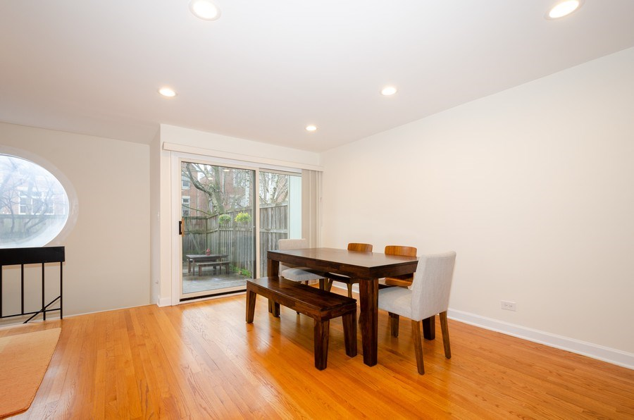 Real Estate Photography - 1100 Pine St. Unit D, Glenview, IL, 60025 - Dining Room