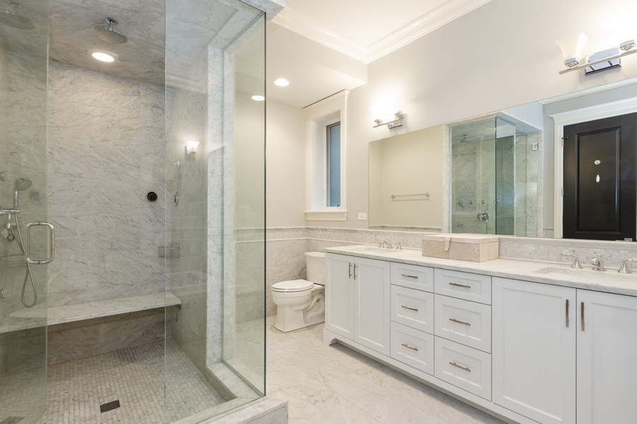 Real Estate Photography - 3410 N Halsted, Chicago, IL, 60657 - Master Bathroom