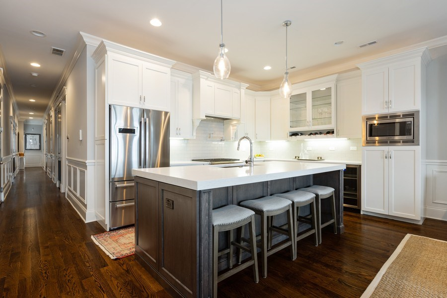 Real Estate Photography - 3410 N Halsted, Chicago, IL, 60657 - Kitchen