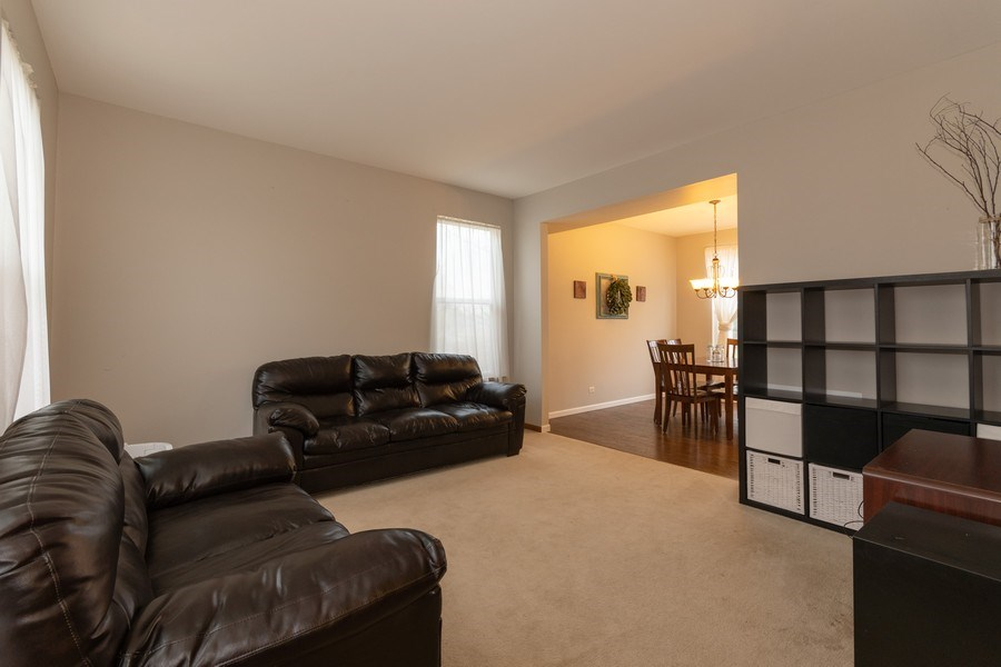 Real Estate Photography - 2909 Savannah, Aurora, IL, 60502 - Living Room