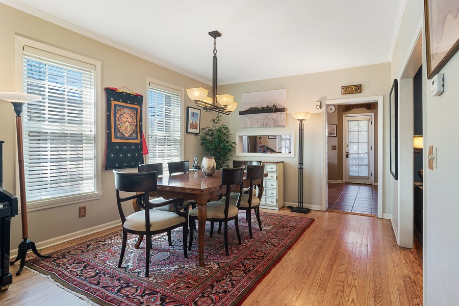 Real Estate Photography - 2736 N Seminary, F, Chicago, IL, 60614 - Dining Room