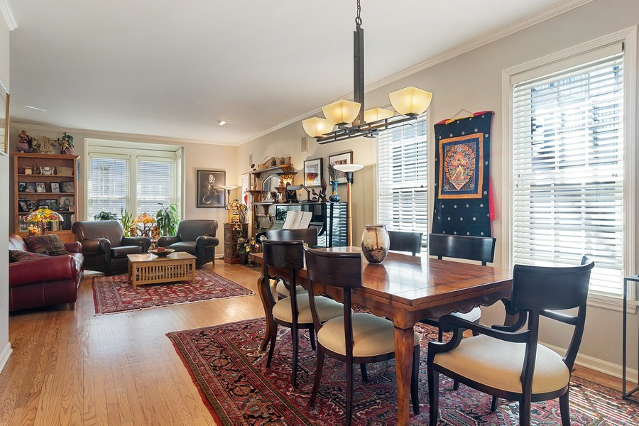 Real Estate Photography - 2736 N Seminary, F, Chicago, IL, 60614 - Dining/Living Room