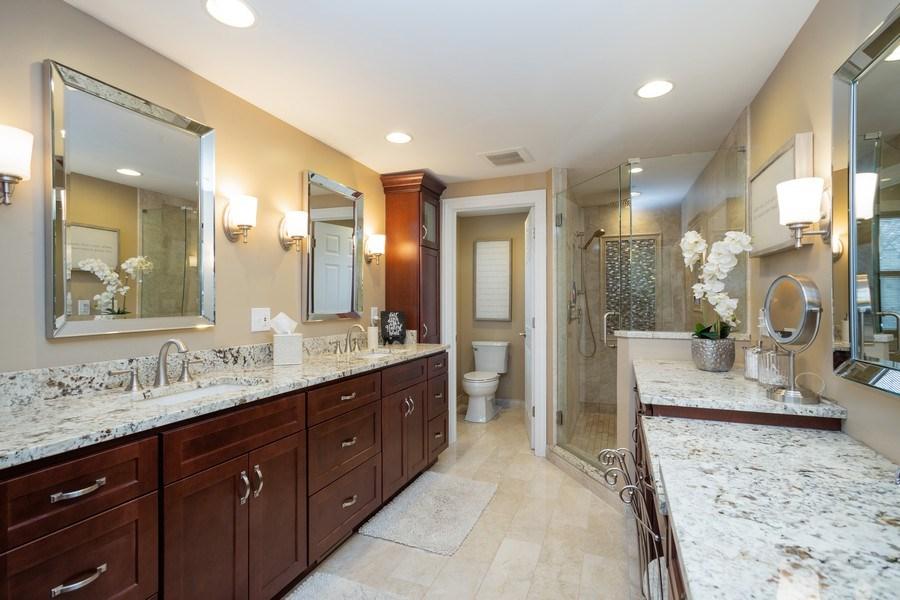 Real Estate Photography - 1415 S Kasper Ave, Arlington Heights, IL, 60005 - Master Bathroom