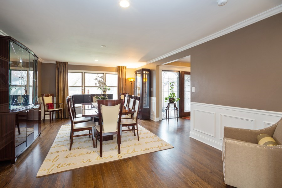 Real Estate Photography - 1415 S Kasper Ave, Arlington Heights, IL, 60005 - Dining Room