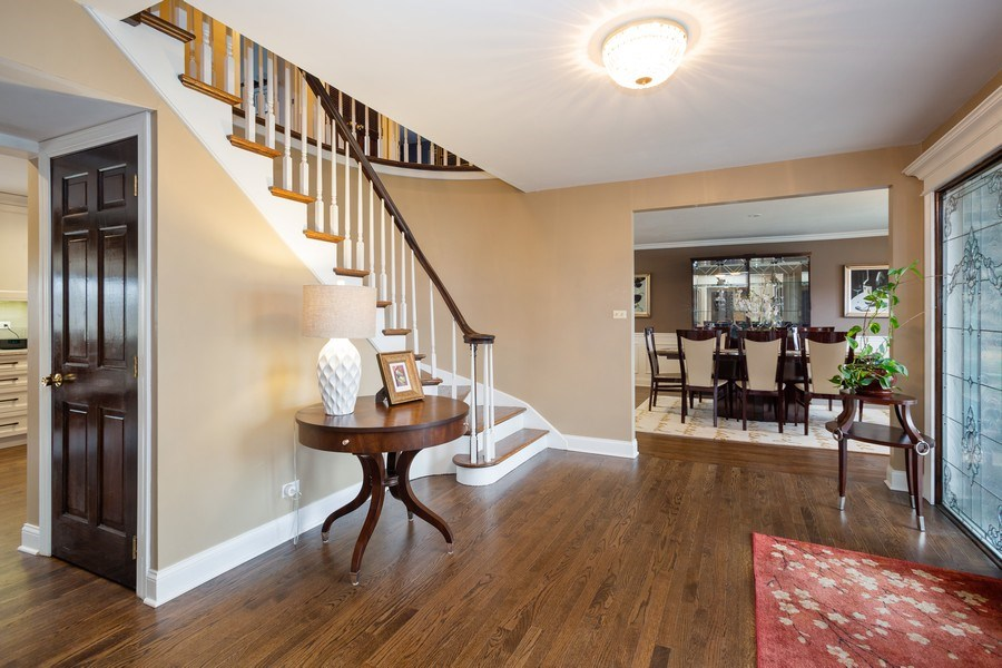 Real Estate Photography - 1415 S Kasper Ave, Arlington Heights, IL, 60005 - Foyer