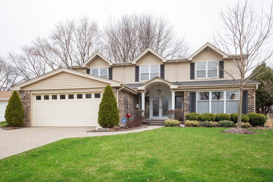 Real Estate Photography - 1415 S Kasper Ave, Arlington Heights, IL, 60005 - Front View