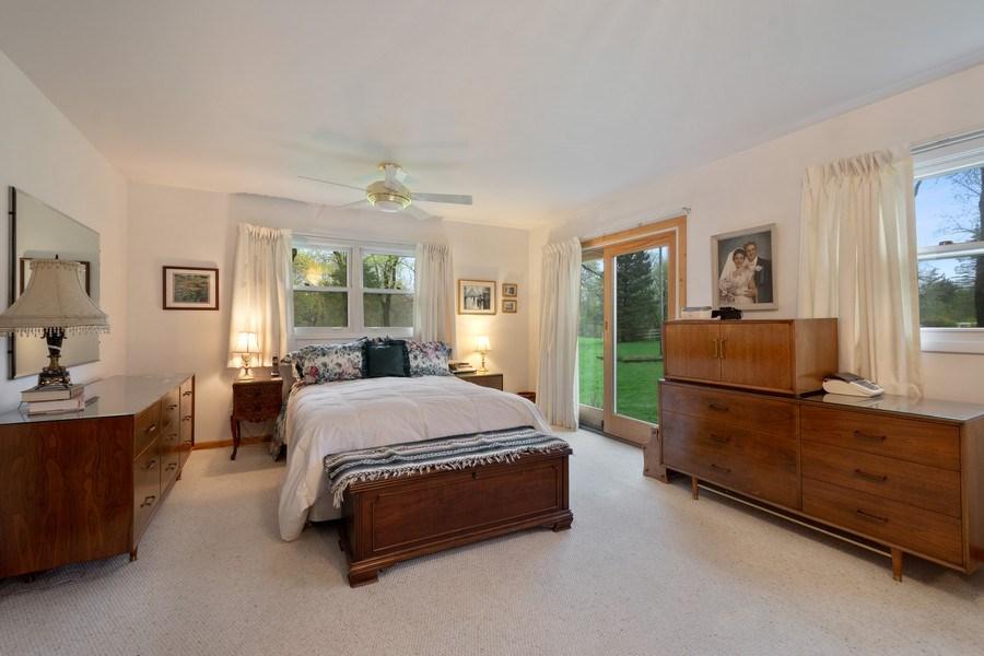 Real Estate Photography - 20 Royal Way, Barrington Hills, IL, 60010 - Master Bedroom