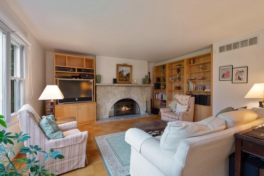 Real Estate Photography - 20 Royal Way, Barrington Hills, IL, 60010 - Living Room