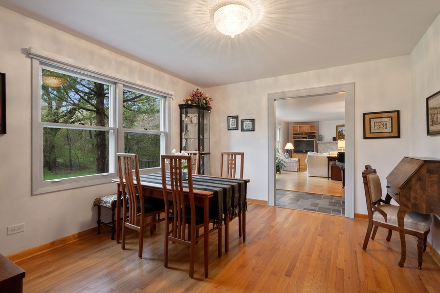 Real Estate Photography - 20 Royal Way, Barrington Hills, IL, 60010 - Dining Room