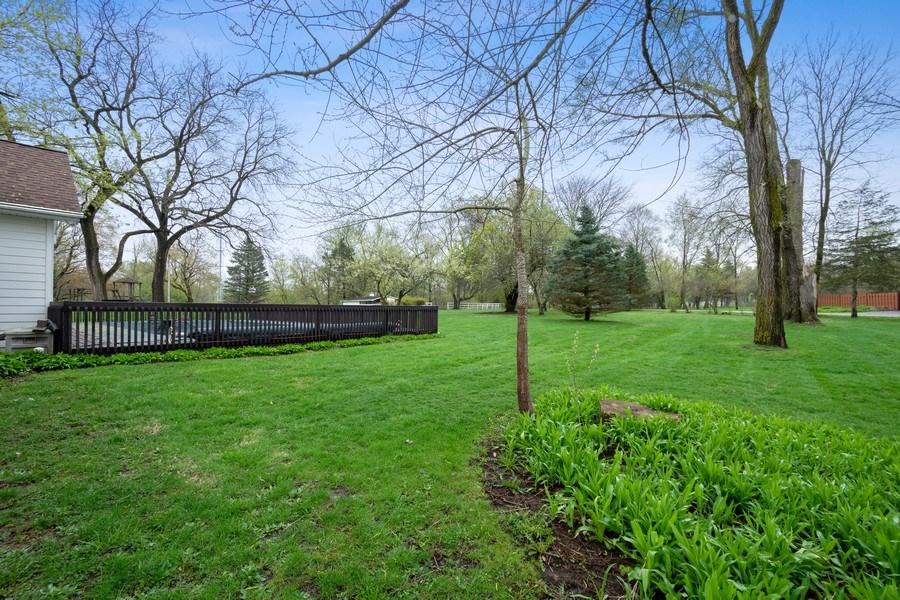 Real Estate Photography - 20 Royal Way, Barrington Hills, IL, 60010 - Back Yard
