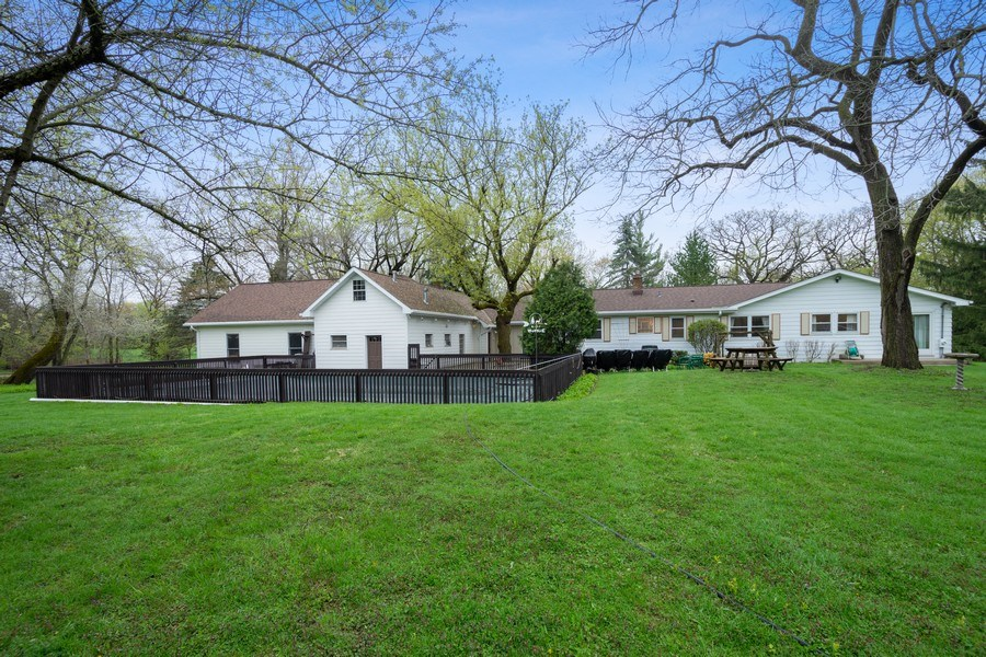 Real Estate Photography - 20 Royal Way, Barrington Hills, IL, 60010 - Rear View