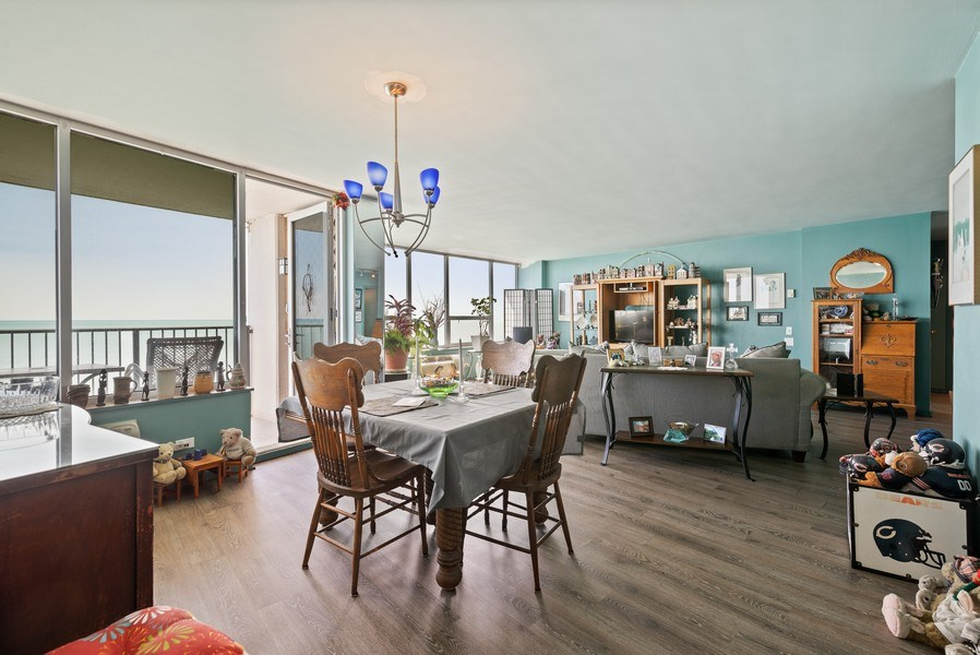 Real Estate Photography - 6101 N Sheridan Rd East 6-C, Chicago, IL, 60660 - Living Room/Dining Room