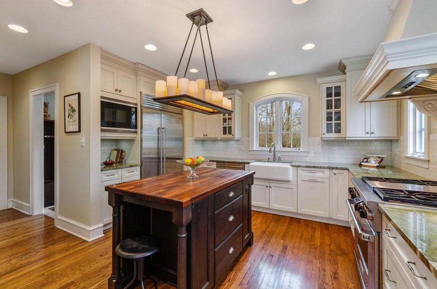 Real Estate Photography - 1360 Ridge Rd, Highland Park, IL, 60035 - Kitchen