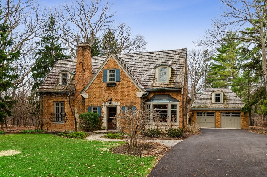 Real Estate Photography - 1360 Ridge Rd, Highland Park, IL, 60035 - Front View