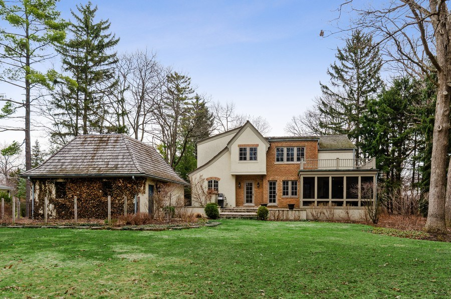 Real Estate Photography - 1360 Ridge Rd, Highland Park, IL, 60035 - Rear View