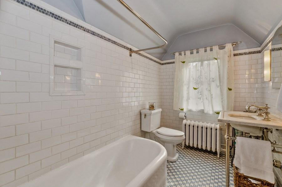 Real Estate Photography - 1360 Ridge Rd, Highland Park, IL, 60035 - Bathroom