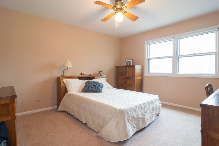 Real Estate Photography - 1913 N Brighton Pl, Arlington Heights, IL, 60004 - 2nd Bedroom
