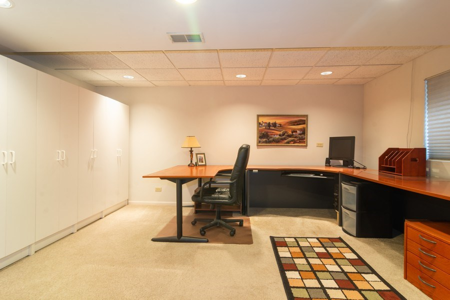 Real Estate Photography - 1913 N Brighton Pl, Arlington Heights, IL, 60004 - Basement Office