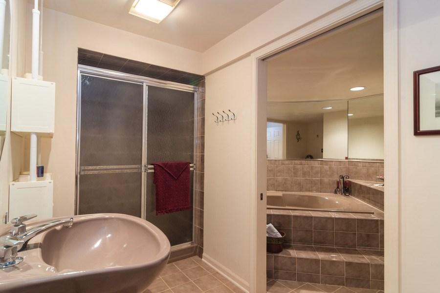 Real Estate Photography - 1913 N Brighton Pl, Arlington Heights, IL, 60004 - Basement Bathroom