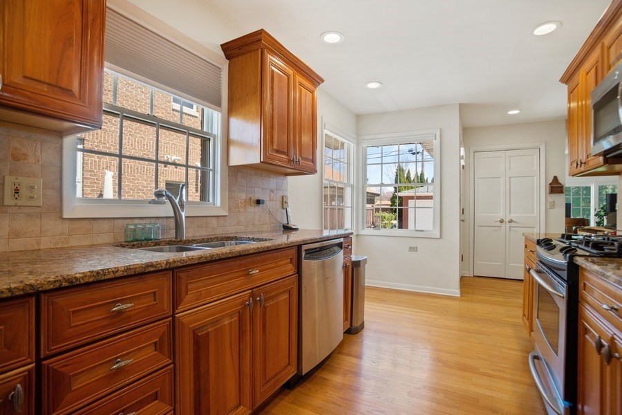 Real Estate Photography - 417 N Rose, Park Ridge, IL, 60068 - Kitchen