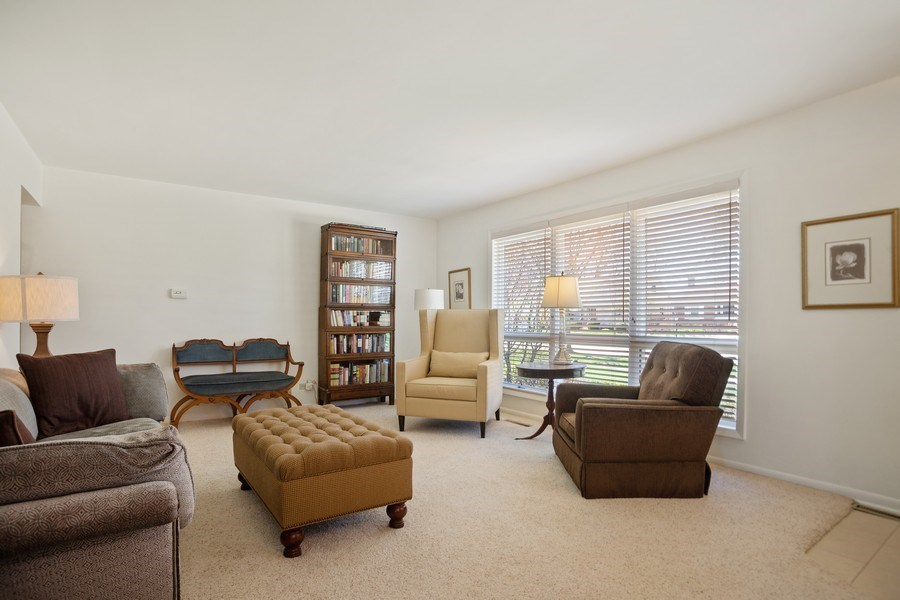 Real Estate Photography - 417 N Rose, Park Ridge, IL, 60068 - Family Room