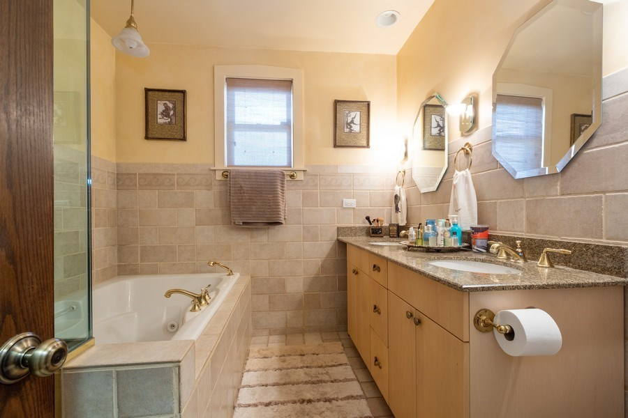 Real Estate Photography - 833 Lincoln St, Evanston, IL, 60201 - Master Bathroom