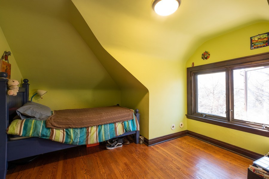 Real Estate Photography - 833 Lincoln St, Evanston, IL, 60201 - 3rd Bedroom