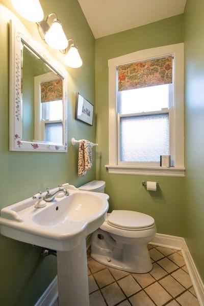 Real Estate Photography - 833 Lincoln St, Evanston, IL, 60201 - Half Bath