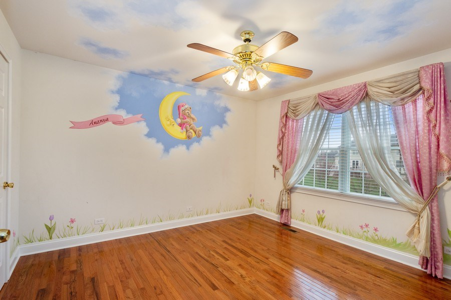Real Estate Photography - 35 Olympic Drive, South Barrington, IL, 60010 - 3rd Bedroom
