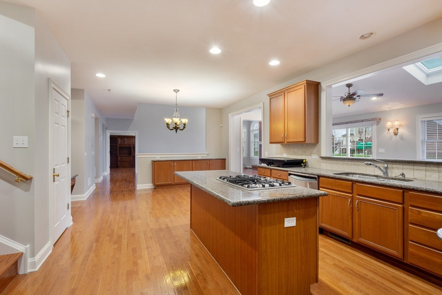 Real Estate Photography - 35 Olympic Drive, South Barrington, IL, 60010 - Kitchen