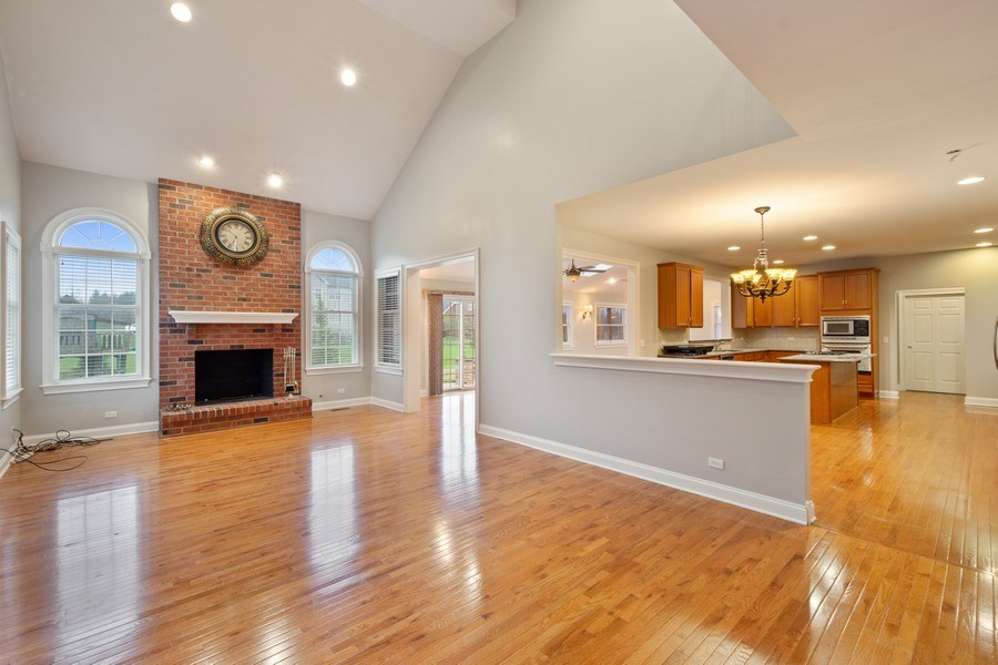 Real Estate Photography - 35 Olympic Drive, South Barrington, IL, 60010 - Family Room