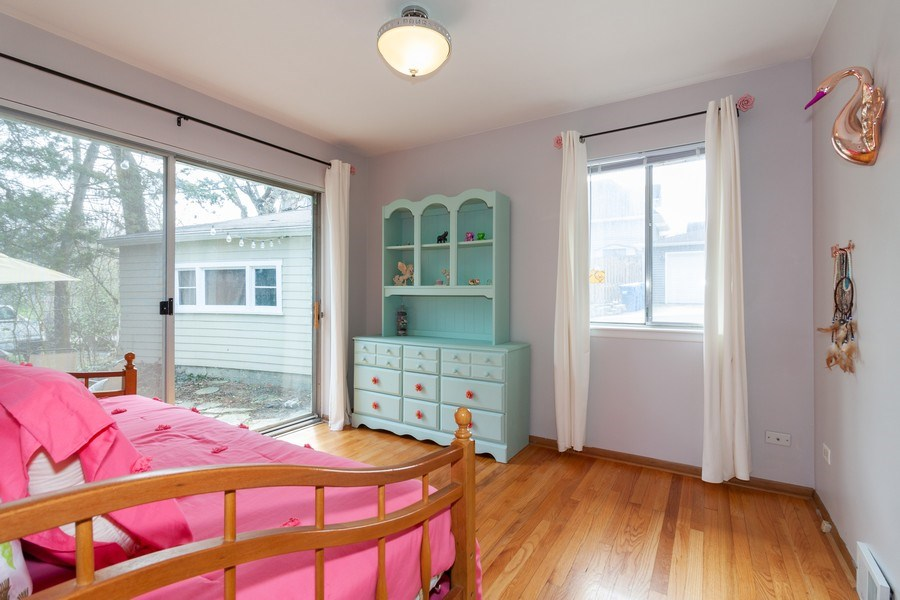 Real Estate Photography - 736 w hinsdale ave, Hinsdale, IL, 60521 - 2nd Bedroom