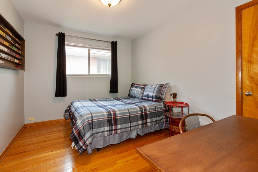 Real Estate Photography - 736 w hinsdale ave, Hinsdale, IL, 60521 - Bedroom