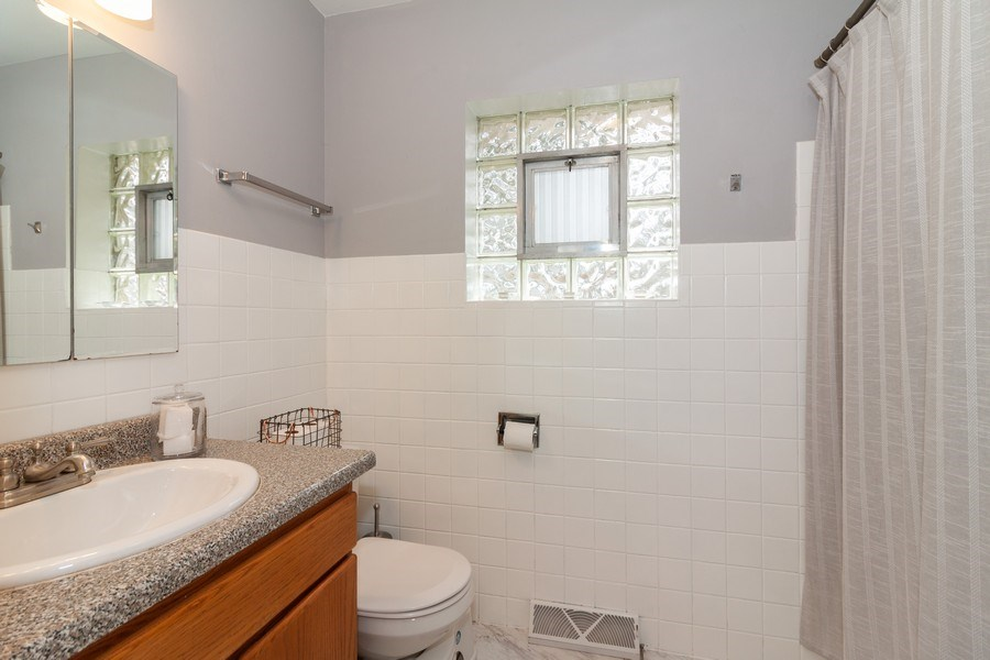 Real Estate Photography - 736 w hinsdale ave, Hinsdale, IL, 60521 - Bathroom