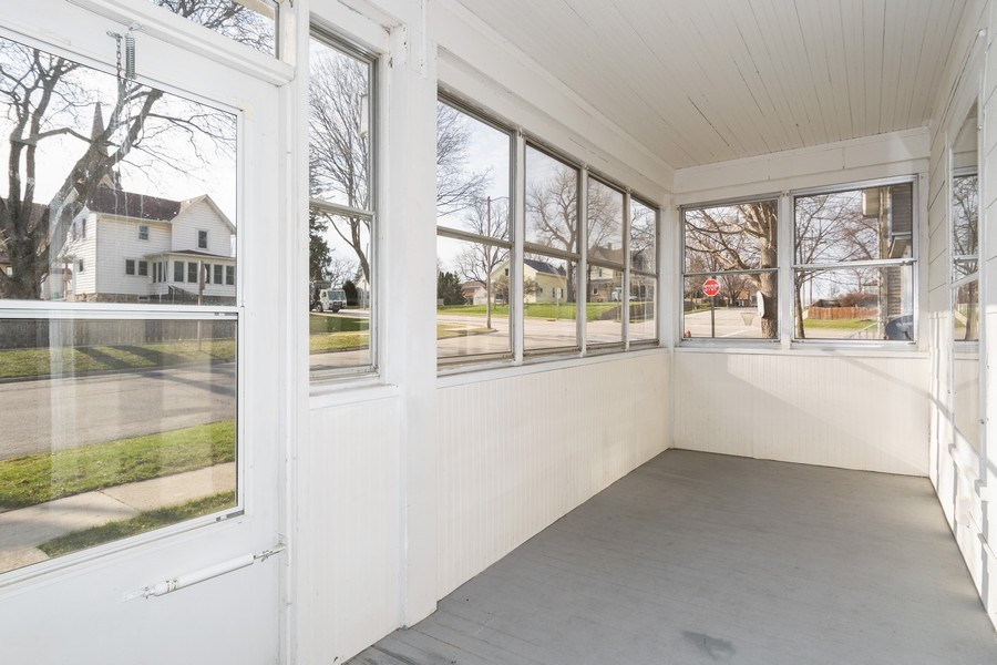 Real Estate Photography - 107 South Finch Street, Horicon, WI, 53032 - Porch