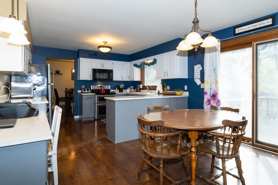 Real Estate Photography - 414 Blue Wing Circle, Horicon, WI, 53032 - Kitchen