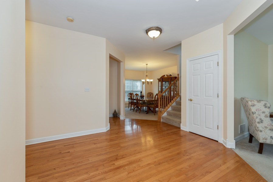 Real Estate Photography - 165 Hearthstone Drive, Bartlett, IL, 60103 - Foyer